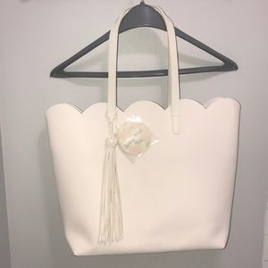 White spring petal tote by Arcadia beauty